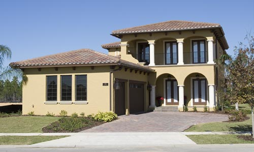 Builder construct a new home in Orlando with fine craftsmanship