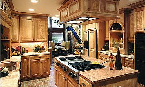 experience craftsman and carpenter for new custom home in orlando