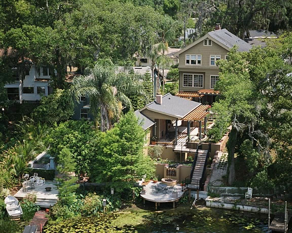 The addition of a guest suite, carport, and over 1,000 square feet of terraced hardscape and landscape create a restful, Zen-like experience at this historic Orlando home.